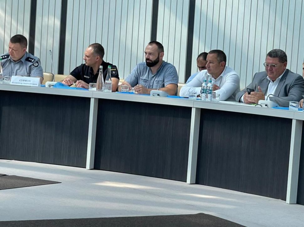 Альбом: Міський голова Микола Бакшеєв взяв участь в  робочій зустрічі керівників територіальних громад області з керівництвом області і керівниками правоохоронних  та контролюючих органів регіону