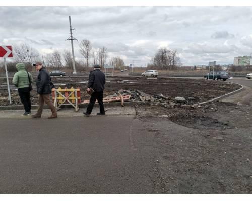 Відбулась робоча зустріч щодо вивчення технічного стану пошкодженої ділянки дорожнього покриття.