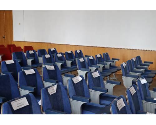 Сьогодні знову не відбулась позачергова сесія Первомайської міської ради. Змінено