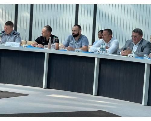 Міський голова Микола Бакшеєв взяв участь в  робочій зустрічі керівників територіальних громад області з керівництвом області і керівниками правоохоронних  та контролюючих органів регіону