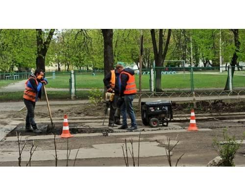 Розпочато поточний ремонт доріг міста