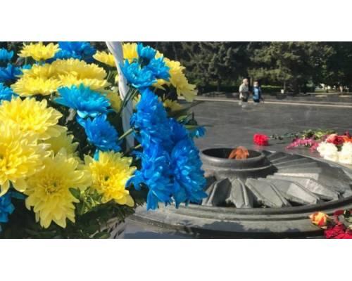 Вітання міського голови Миколи Бакшеєва до  29-ї річниці Дня міста та 77-ї річниці визволення міста від нацистських загарбників у Другій Світовій війні.