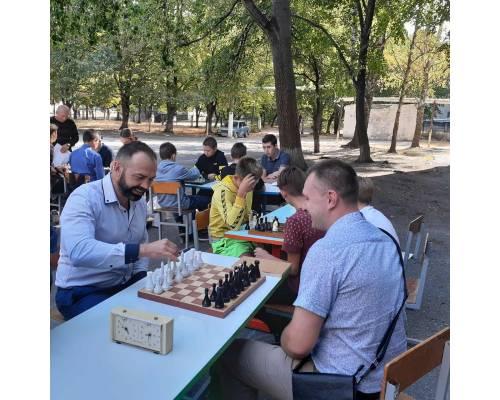 Турнір з шахів з міським головою Миколою Бакшеєвим, присвяченого Дню міста Первомайський (Доповнено переможцями)